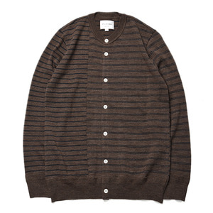 "Still by Hand Crew Neck Knit Cardigan ""Brown"""